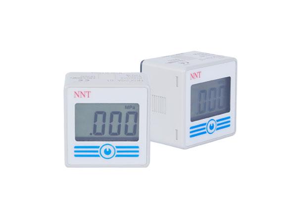 单色显示电池式数字压力开关